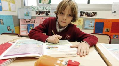 Los expertos critican los deberes como una extensión de las tareas del colegio
